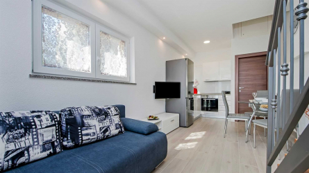 ANASTASIA - One Bedroom Apartment