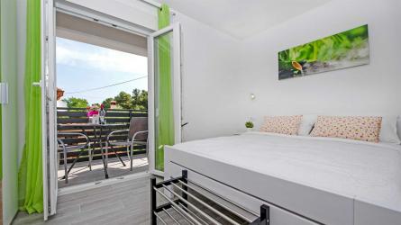 TEREZA GREEN - One Bedroom Apartment
