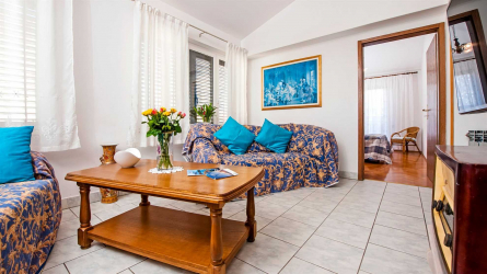 ISABELLA BLUE - Two Bedroom Apartment