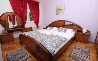 HARI Two-Bedroom Apartment
