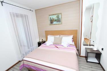 MATOSEVIC Double Room with Balcony 5
