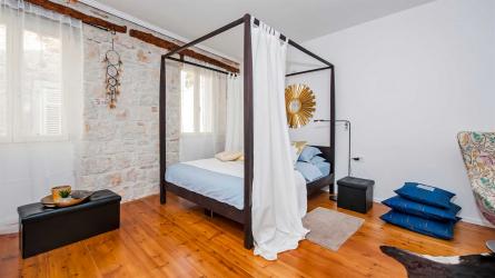 MARE MONTE - Studio Apartment