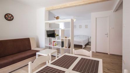 LA BOHEME - Studio Apartment