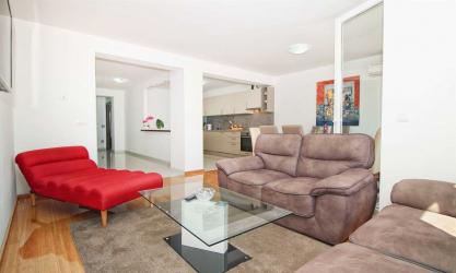 Deluxe Apartment Esma