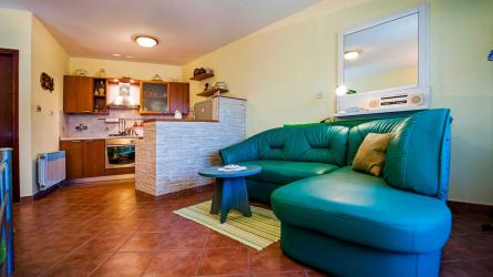 SUNSET RINA - Studio Apartment