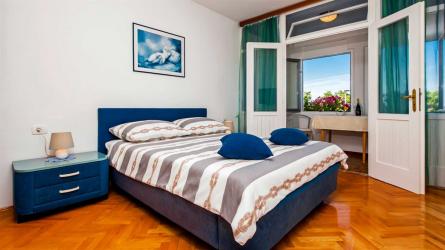 CENTENER 2 - One Bedroom Apartment